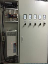 Tủ điều khiển tại các nhà máy